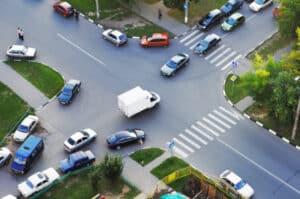 Vorfahrtsregelung an einer Kreuzung