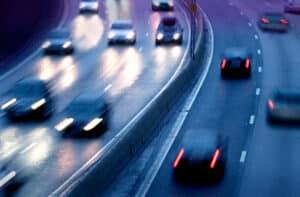 Auf der Autobahn sind Baustellen besonders gefährlich.