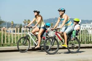 Mit dem Fahrrad Kinder mitnehmen (Transport): Wie können Sie am sichersten Ihre Kleinen auf dem Rad mitnehmen?