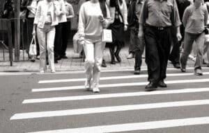 Auch Fußgänger können bei bestimmten Vergehen ein Verwarngeld bekommen.