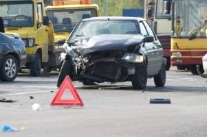 Erfahren Sie hier, was beim Mietwagen nach dem Unfall zu beachten ist.