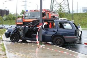 Bei einem Totalschaden muss der Restwert nach einem Unfall ermittelt werden.