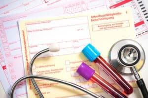 Die Anlage 4 FeV umfasst, bei welchen Krankheiten ein ärztliches Fahrverbot ausgesprochen werden könnte.
