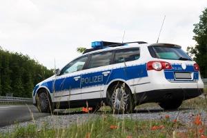 Die Polizei setzt Blitzer ein, um die allgemeine Verkehrssicherheit zu erhöhen.