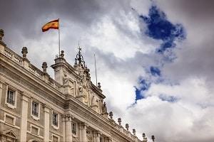 Spanien: An welche Verkehrsregeln müssen Sie sich im Urlaub halten?