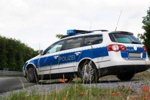 Auf Falschfahrer wartet eine Strafe: Zwischen 75 und 290 Euro Bußgeld.