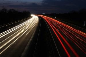 Für die Richtgeschwindigkeit ist die deutsche Autobahn bekannt.