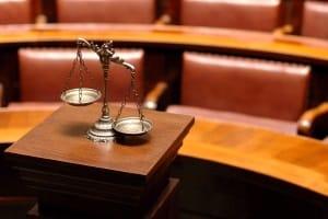 Wann der Führerschein endgültig weg ist, entscheidet im Zweifelsfall ein Gericht.