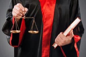 Vermuten Sie bei der CG-P50E einen Messfehler, sollten Sie sich an einen Anwalt wenden.