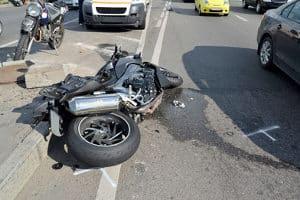 Fahrerflucht bei Sachschaden wird je nach Höhe des Schadens bestraft.