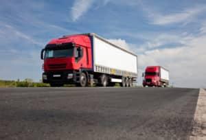 Nach der Punktereform in Flensburg wird der Verstoß gegen das Sonntagsfahrverbot für Lkw nicht mehr mit Punkten bestraft