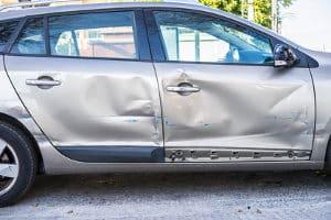 Nach einem Unfall im Ausland ist die Schadensregulierung zu klären.