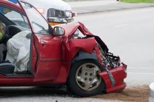 Ein Unfall ohne Brille kann als Fahrlässigkeit gewertet werden.