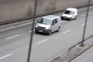 Mit dem Verkehrskontrollsystem VKS 3.0 kann die Polizei Abstands- und Geschwindigkeitsverstöße nachweisen.