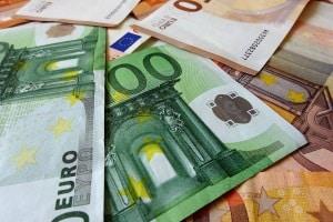 Die verkehrspsychologische Beratung ist mit Kosten von rund 300 Euro verbunden.