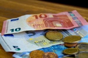 Ein Verwarngeld beläuft sich maximal auf 55 Euro.