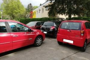Wenn Autofahrer andere Fahrzeuge zuparken, müssen Sie mit Sanktionen rechnen.